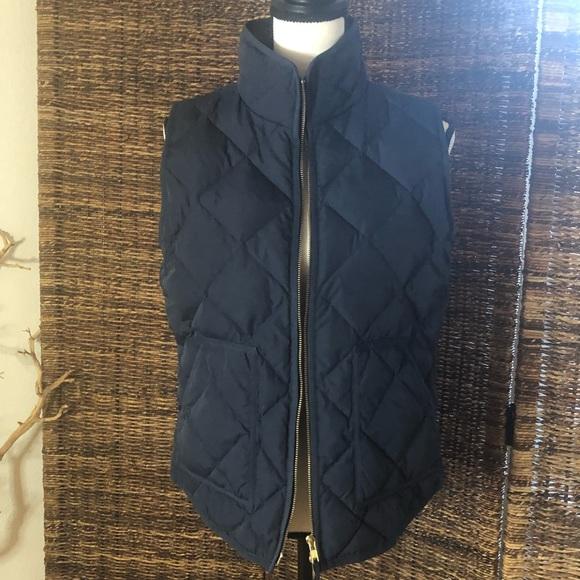 J. Crew Jackets & Blazers - Down J.Crew zip up puffer vest with gold zipper
